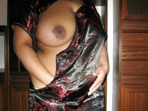 Bangladeshi Big Boobs Anty XXX Photos