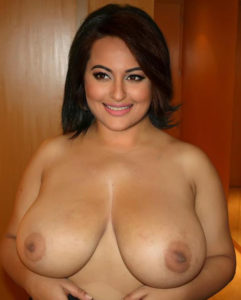 Sonakshi Sinha XXX Photo Showing Nangi Boobs