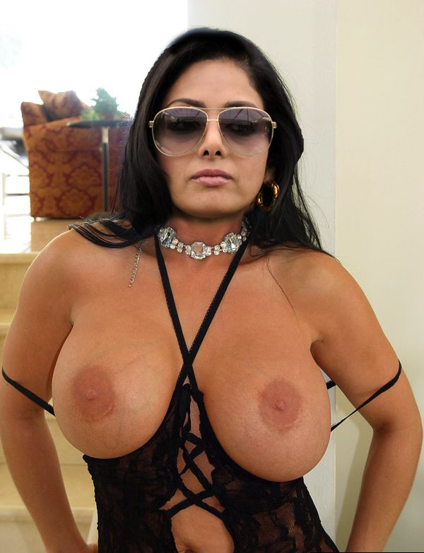 Sridevi nude boobs