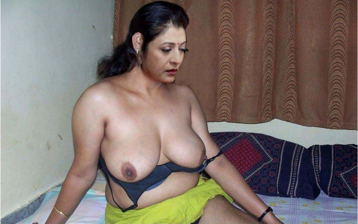 Sexy naked girl fuck hard core