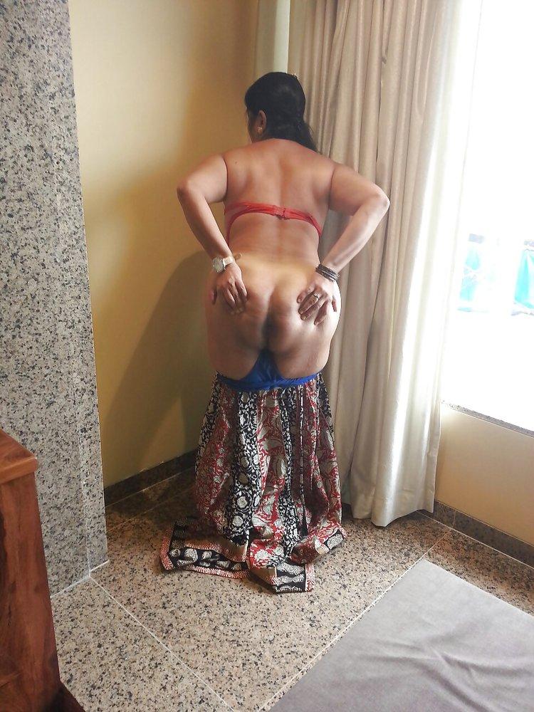 Desi hot aunty