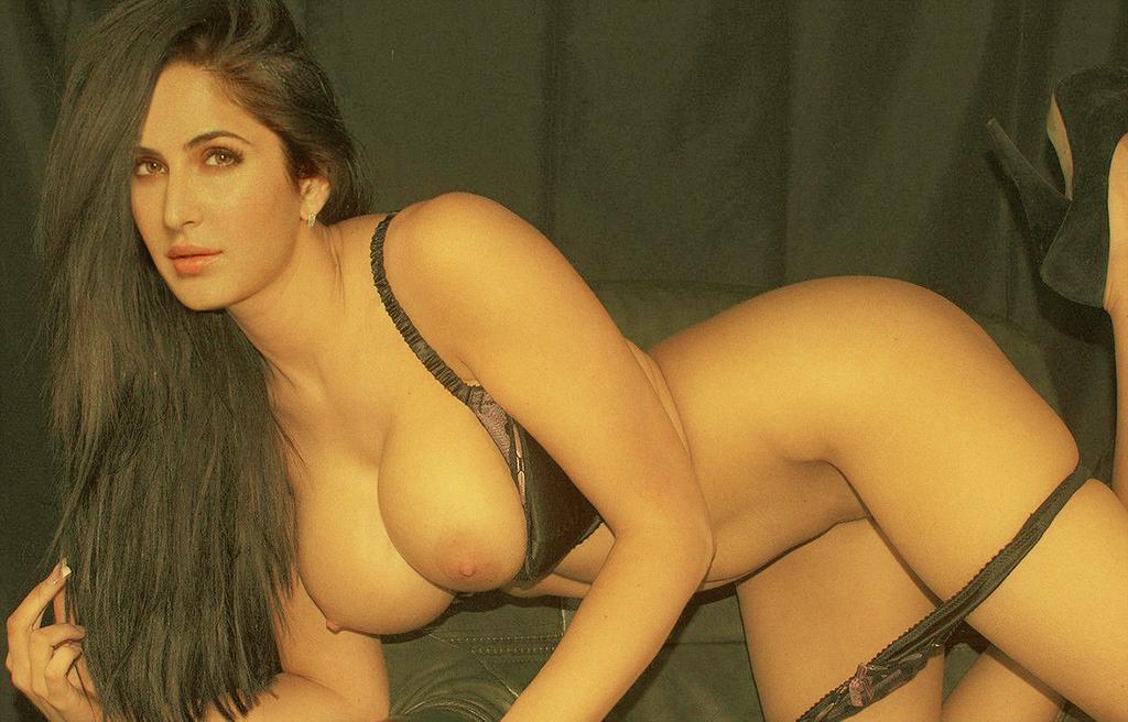 Katrina kaif hot sexy and naked boobs