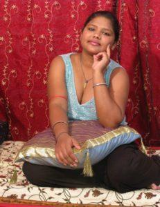 Nangi Bhabhi Nude Big Boobs Photos