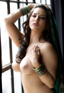 Sunny Leone XXX Photo