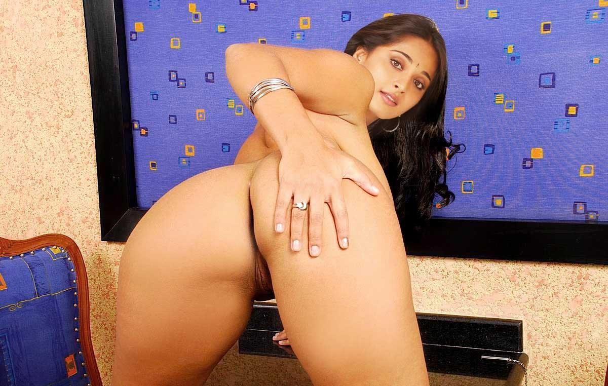 Anushka fake ass nude