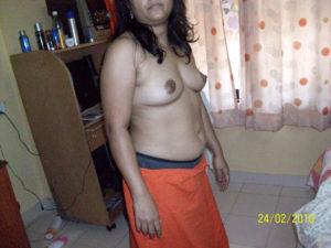 Bhabhi Ki Photo