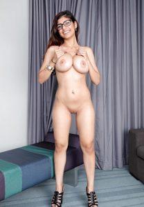 Mia Khalifa Nude Pics