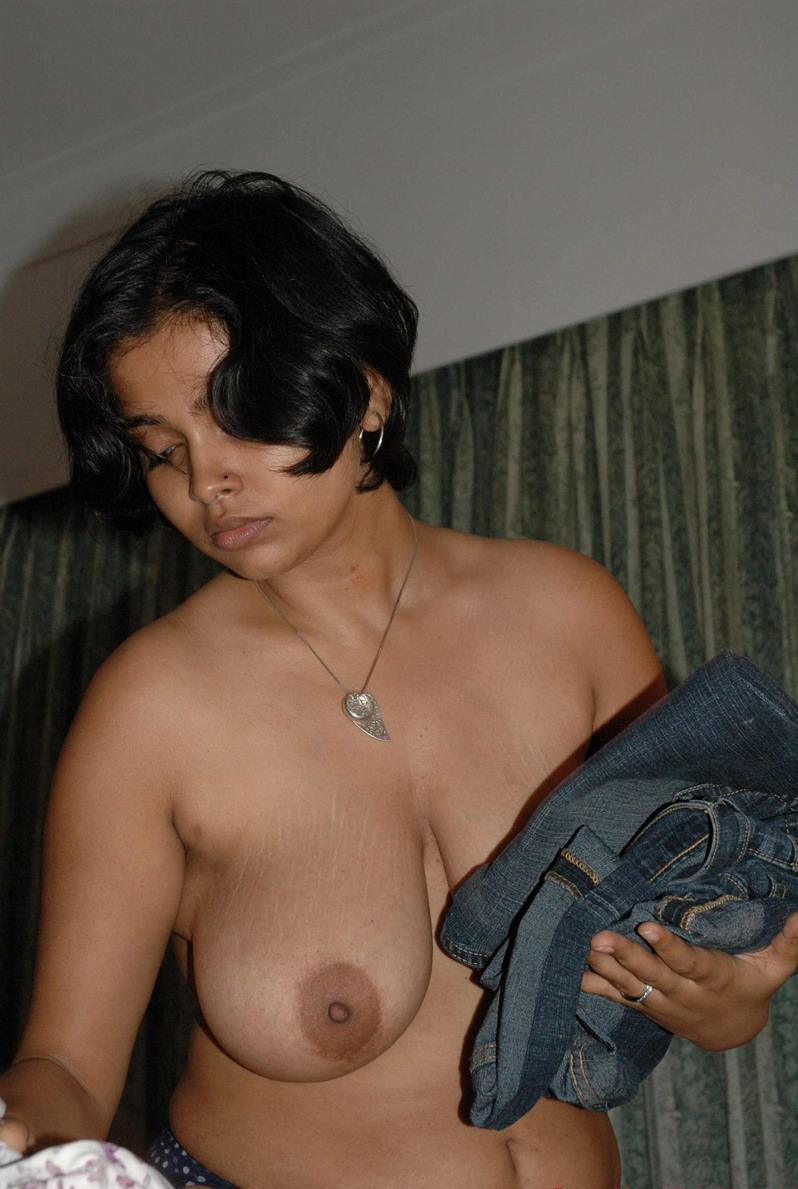 Tamil Xxxn Simple tamil xxx photos showing big boobs collection new