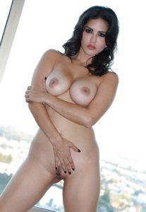 sunny leone nude pics
