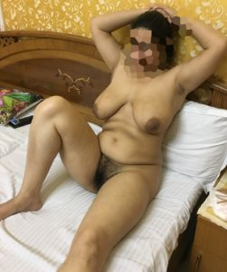 Hot Aunty Photos