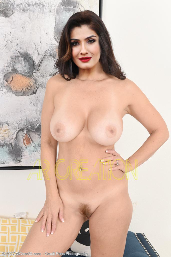 raveena hot image